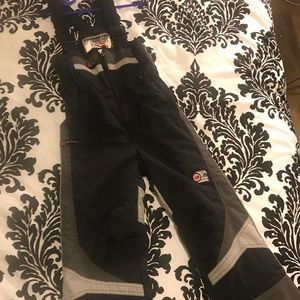 Size xs (5) snow pants